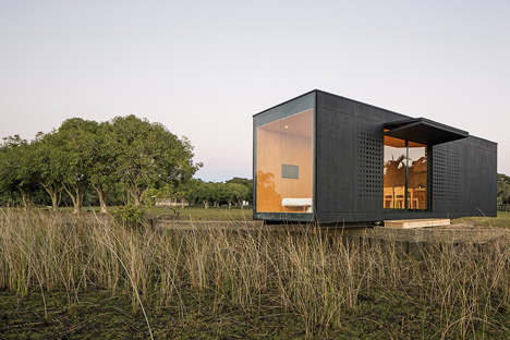 Minimod-modular-mobile-home-by-MAPA-Architects_dezeen_8